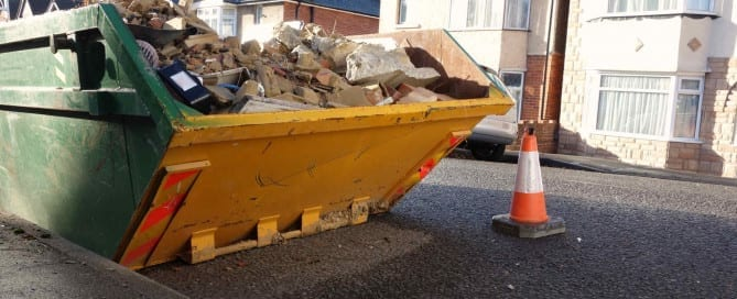 Why You Should Hire the Services of Waste Removal London